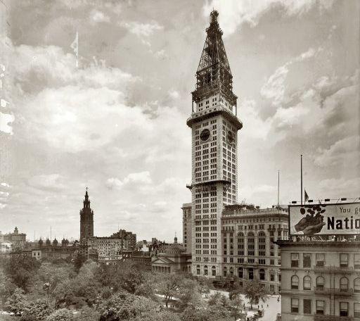 http://www.boweryboyshistory.com/wp-content/uploads/2009/02/metro-life-tower-shorpy.jpg