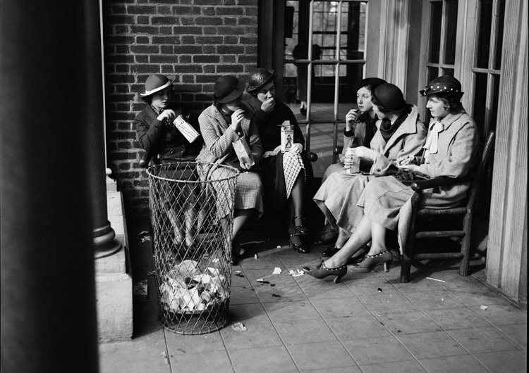 ABOVE: These are the ladies who lunch in Prospect Park 1935