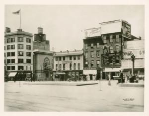 Churchill S Restaurant Times Square History