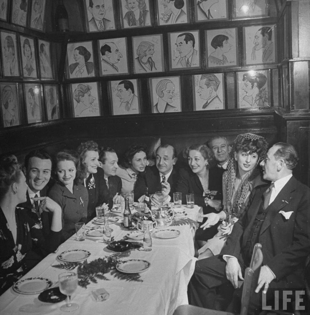 New York Restaurant With Caricatures