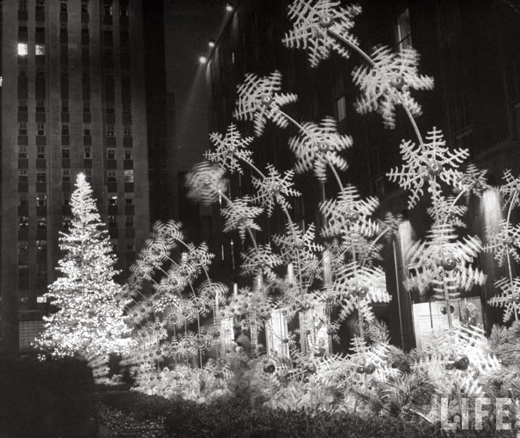 The craziest Rockefeller Center Christmas Tree ever, in 1949 ...