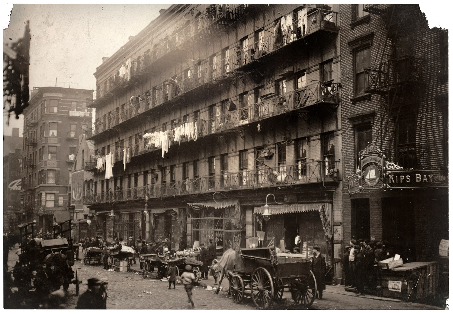 Elizabeth Street near Houston Street 1912 (Cleaned up image courtesy Shorpy)