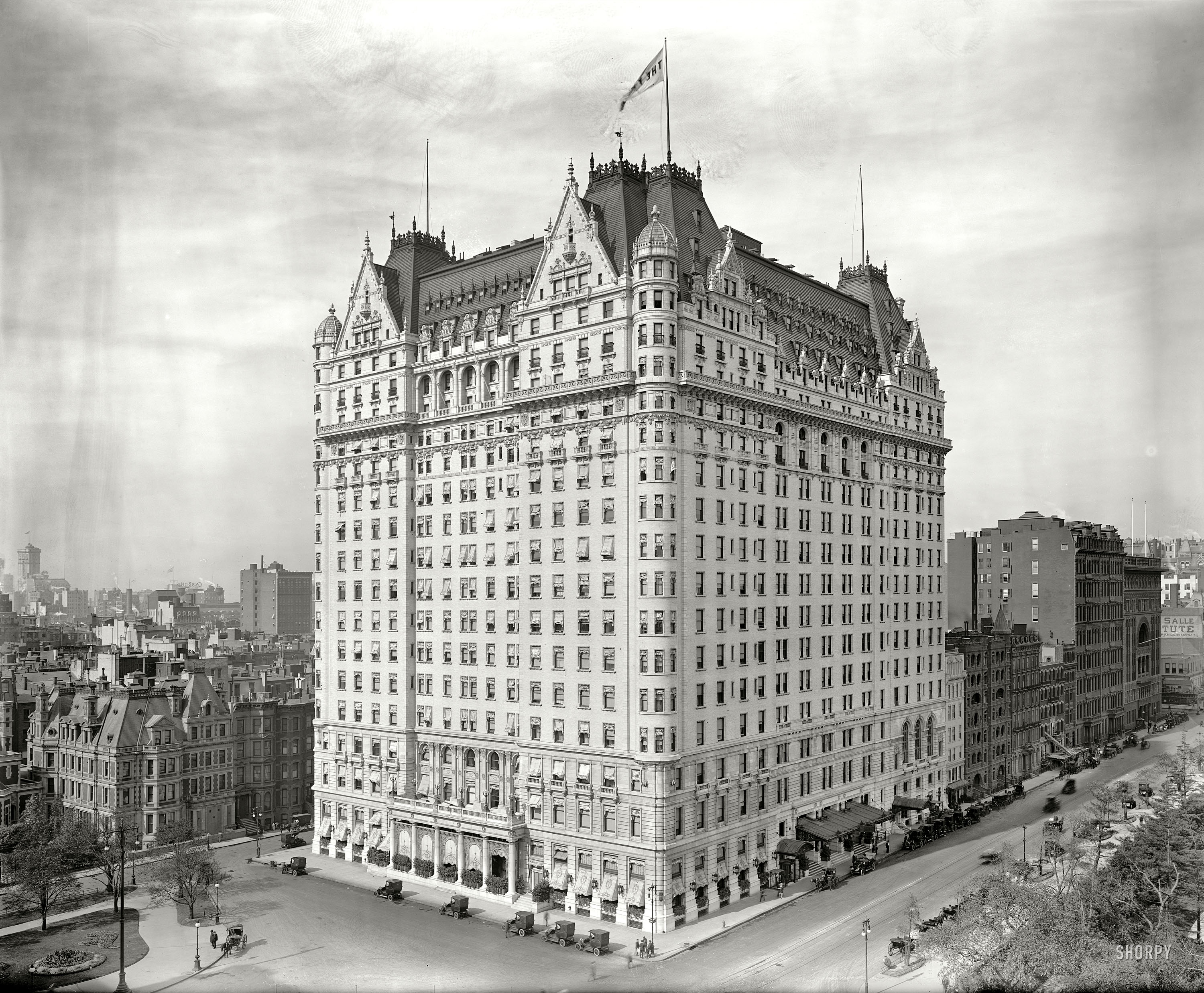 The Plaza Hotel in 1912. Its romantic exterior and sumptuous rooms eased New York's wealthiest class into the habit of hotel living. (Cleaned-up picture courtesy Shorpy)