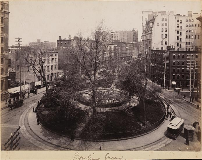 Bowling Green 1915 (Courtesy Museum of the City of New York)