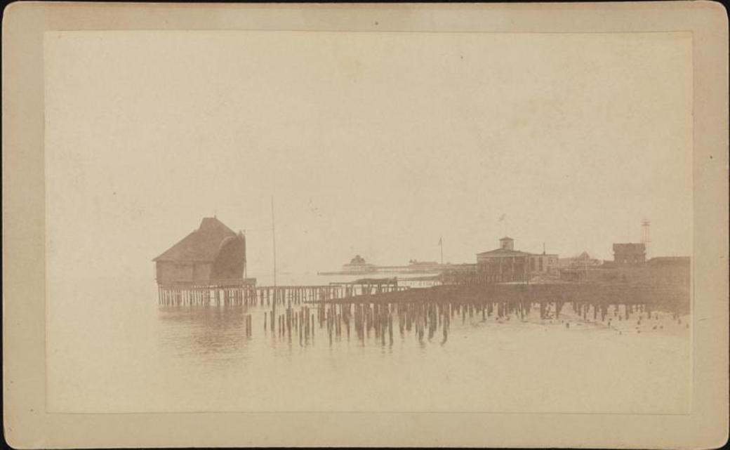 Photograph by Robert Bracklow. Courtesy Museum of the City of New York