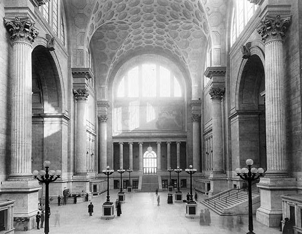 pennstation1911waitingroom