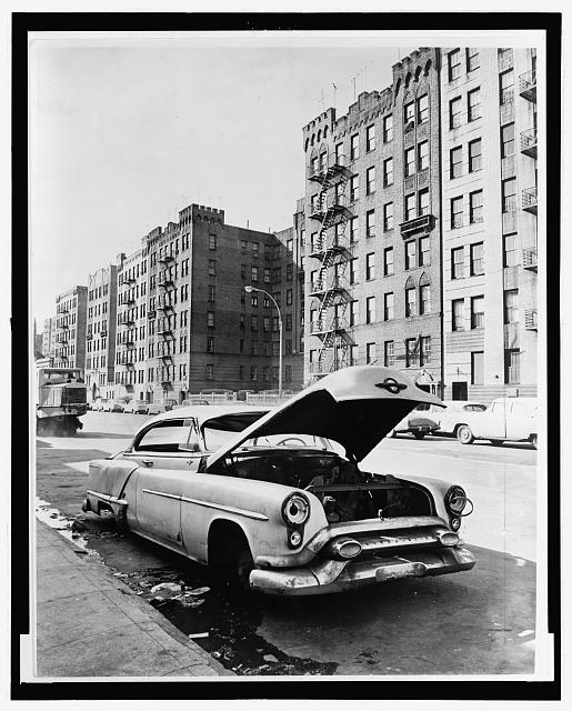 Macombs Rd., Bronx / World Telegram & Sun photo by Phil Stanziola.