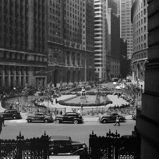 Bowling Green, 1939, Wurts Brothers photography (courtesy Museum of the City of New York)