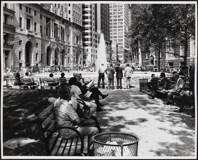 Bowling Green 1975, photo by Edmund V Gillon (Courtesy Museum of the City of New York)