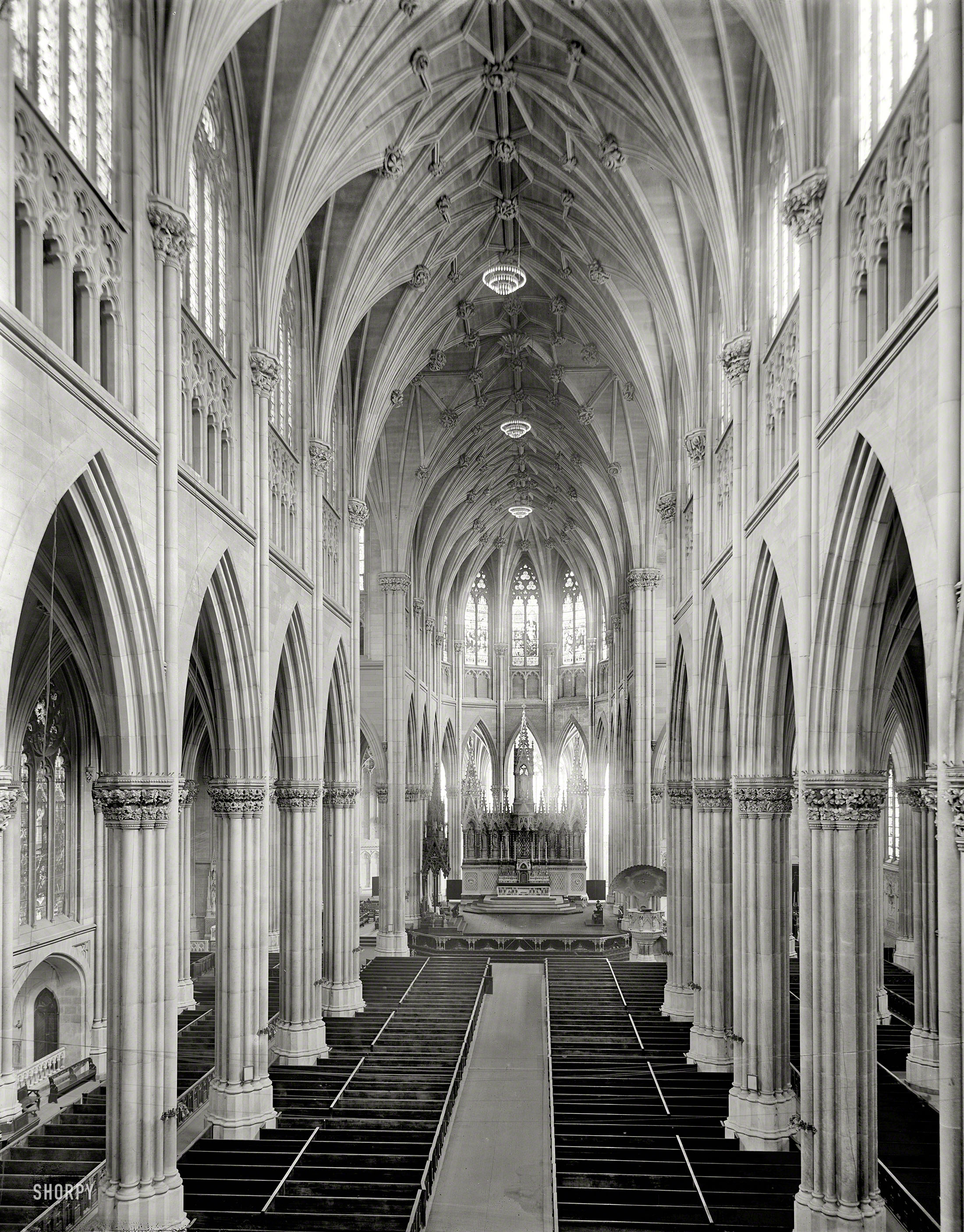 The interior of St. Patrick's Cathedral, circa 1907 (Clean-up photograph courtesy Shorpy.com)