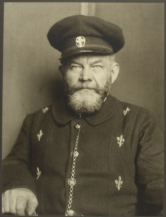 NYPL, 'Augustus F. Sherman: Ellis Island Portraits 1905-1920' (c1905)