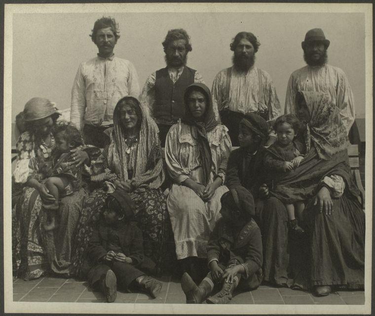 Courtesy NYPL, Sherman, Augustus F. -- Photographer. [ca. 1906]