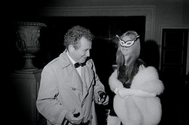 norman-mailer-and-guest-in-costume