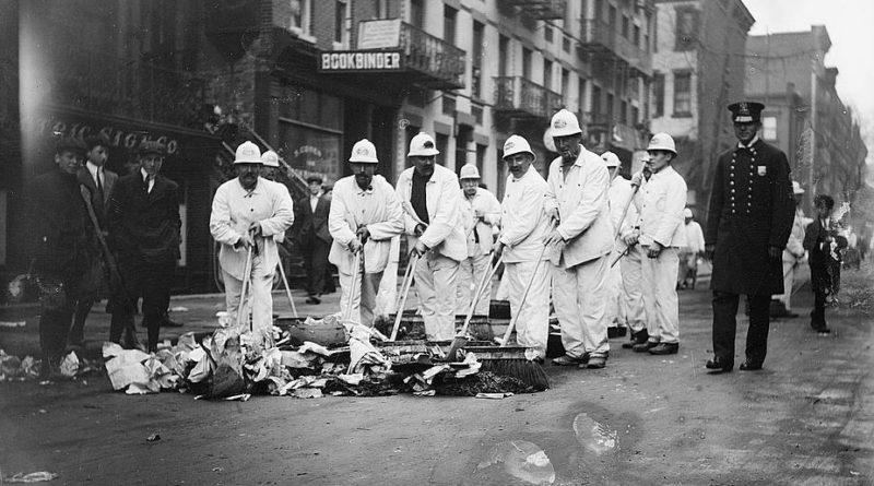 Talking Trash: A History of New York City Sanitation - The Bowery Boys: New  York City History